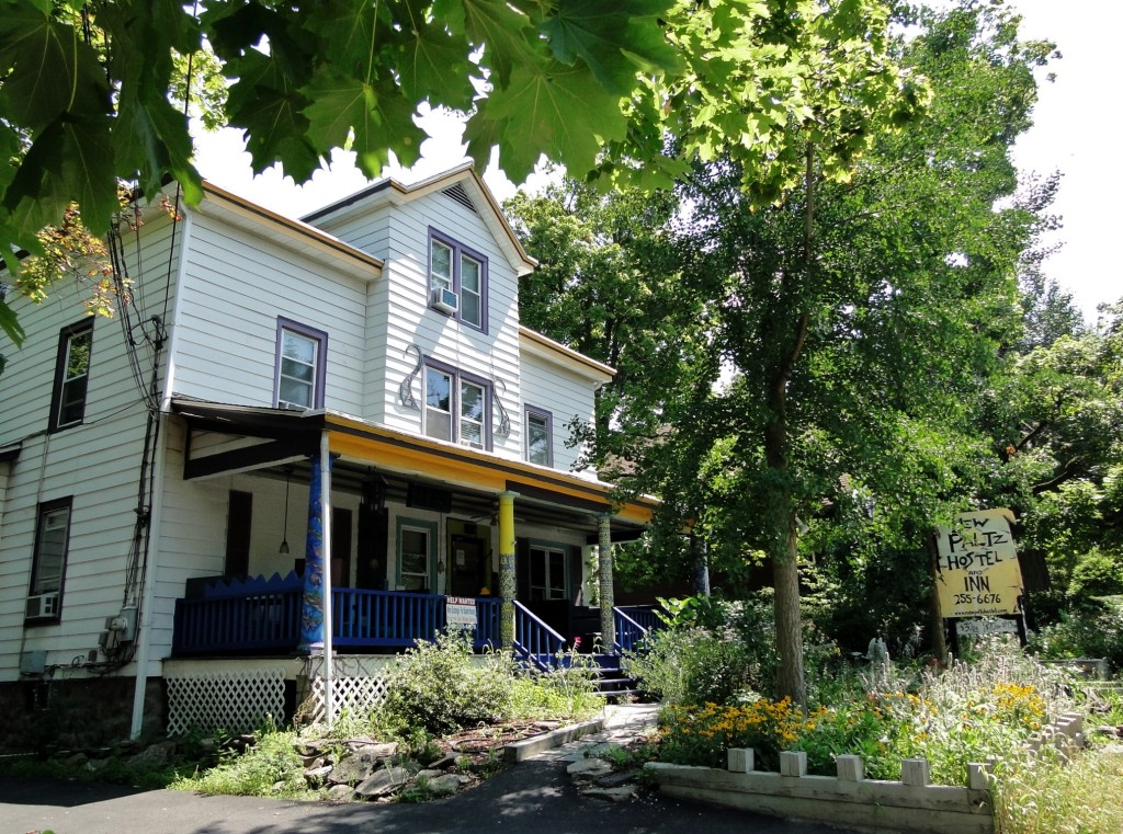 New Paltz hippie Hostel